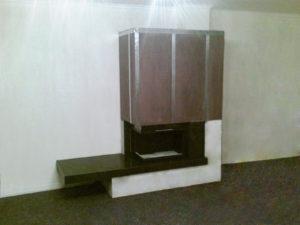 Kominek narożny z ciepłymi ścianami montaż
